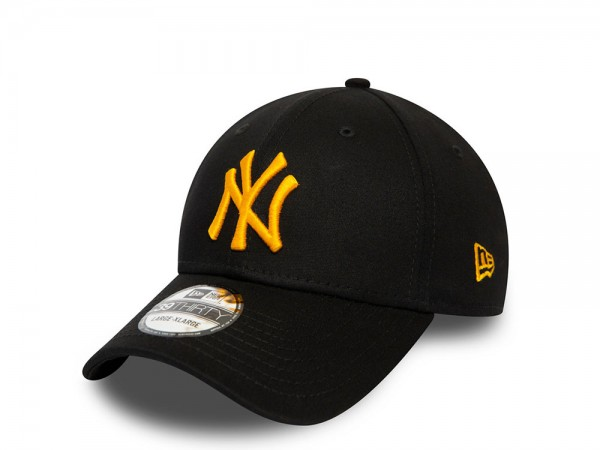 New Era New York Yankees Essentials Black and Yellow Stretch Fit 39Thirty Cap