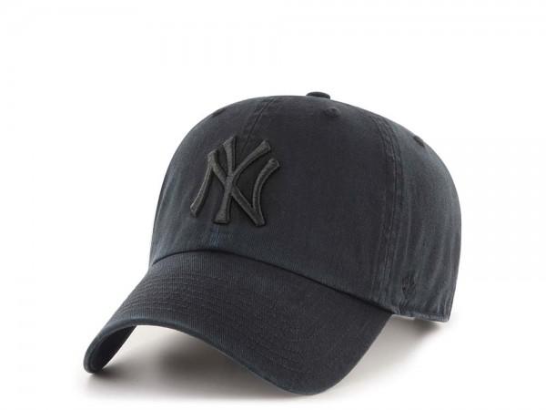 47Brand New York Yankees Clean Up All Black Strapback Cap