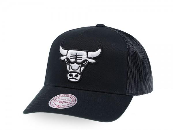 Mitchell & Ness Chicago Bulls Black and White Trucker Cap