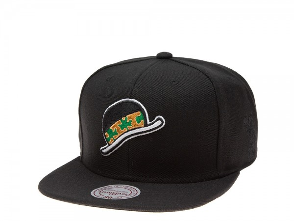 Mitchell & Ness Boston Celtics Lucky Hat Edition Snapback Cap