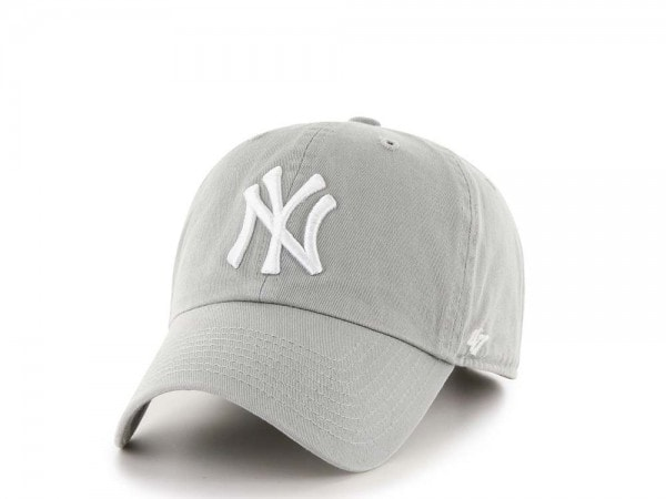 47brand New York Yankees Classic Curved Strapback Cap