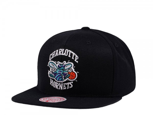 Mitchell & Ness Charlotte Hornets Wool Solid Snapback Cap