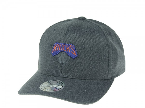 Mitchell & Ness New York Knicks Elements 110 Flexfit Snapback Cap