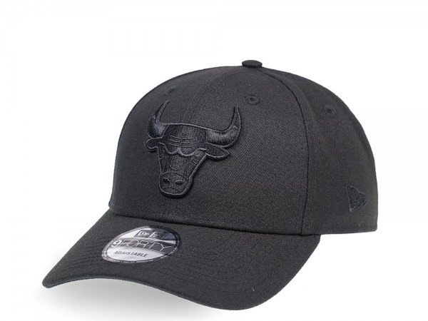 New Era Chicago Bulls Black on Black Edition 9Forty  Snapback Cap