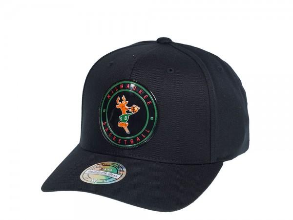 Mitchell & Ness Milwaukee Bucks Circle Weald Patch Flexfit 110 Snapback Cap