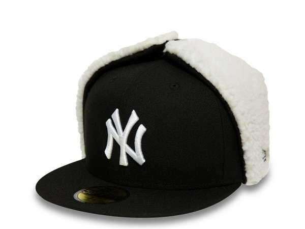 New Era New York Yankees Black and White 59Fifty Fitted Winter Cap