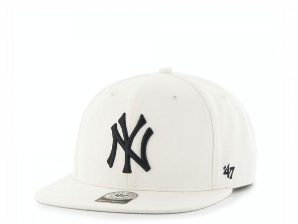 47Brand New York Yankees Creme Captain Snapback Cap